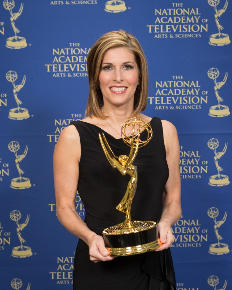 Attkisson, a 1982 telecommunication graduate of the UF College of Journalism and Communications and a College Alumna of Distinction, is author of the New York Times bestseller Stonewalled, which addresses the unseen influences of corporations and special interests on the information and images the public receives every day in the news and elsewhere.